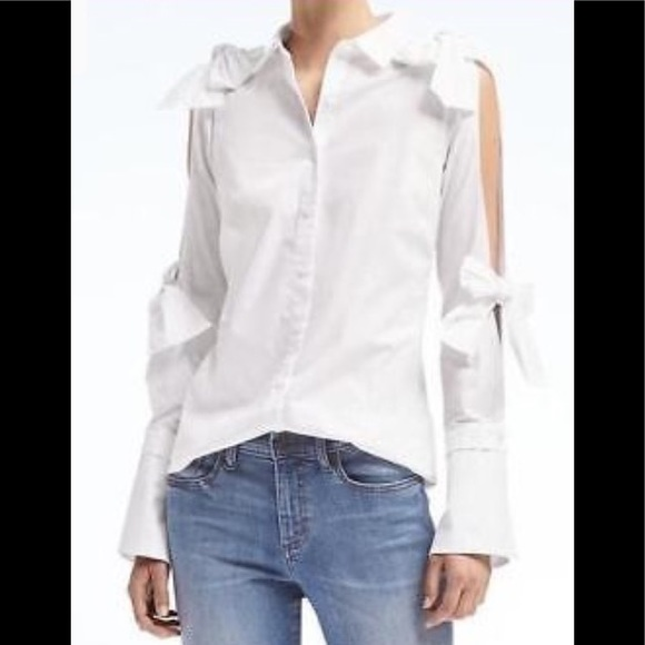 87eba2d9943c6 Banana Republic white cold shoulder bow shirt